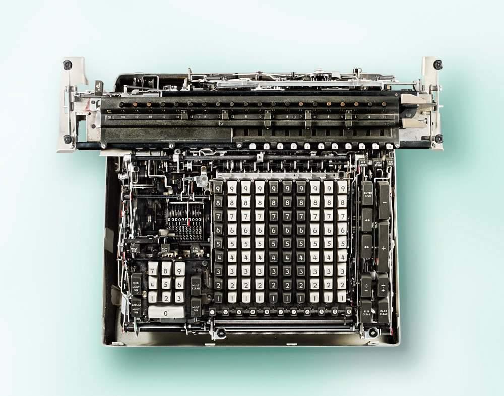 Внутри старых калькуляторов которого, только, показать, чтобы, Кевин, коллекции, владелец, когда, калькуляторов», коллекцию, современным, сложность, сфотографировать, попросили, говорит, идеей», первоначальной, разобрал, именно, понял